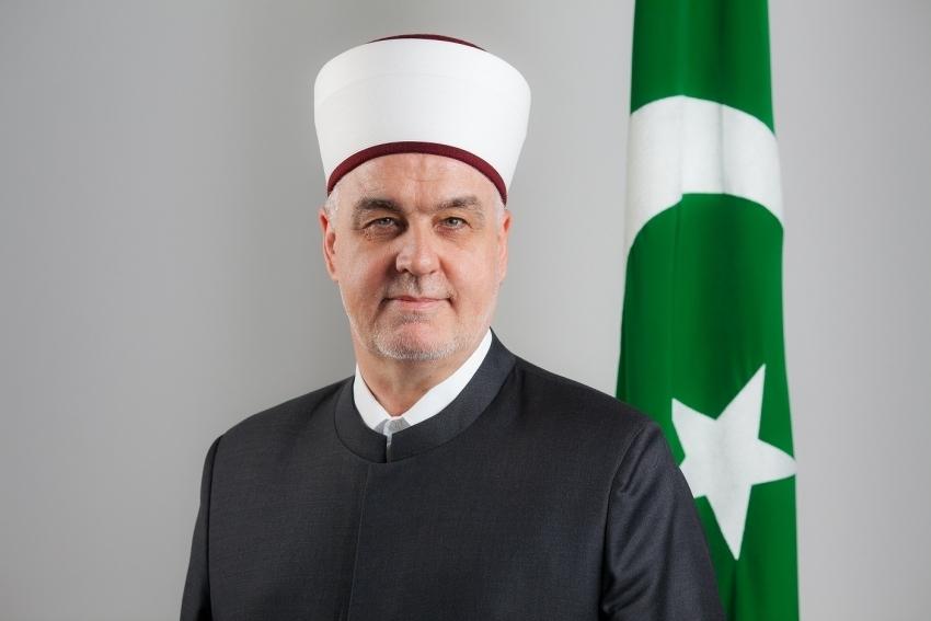 Hutba reisu-l-uleme dr. Husein-ef. Kavazovića: Mi smo Bošnjaci, a ne Sandžaklije, Krajišnici, Podrinjci i Hercegovci
