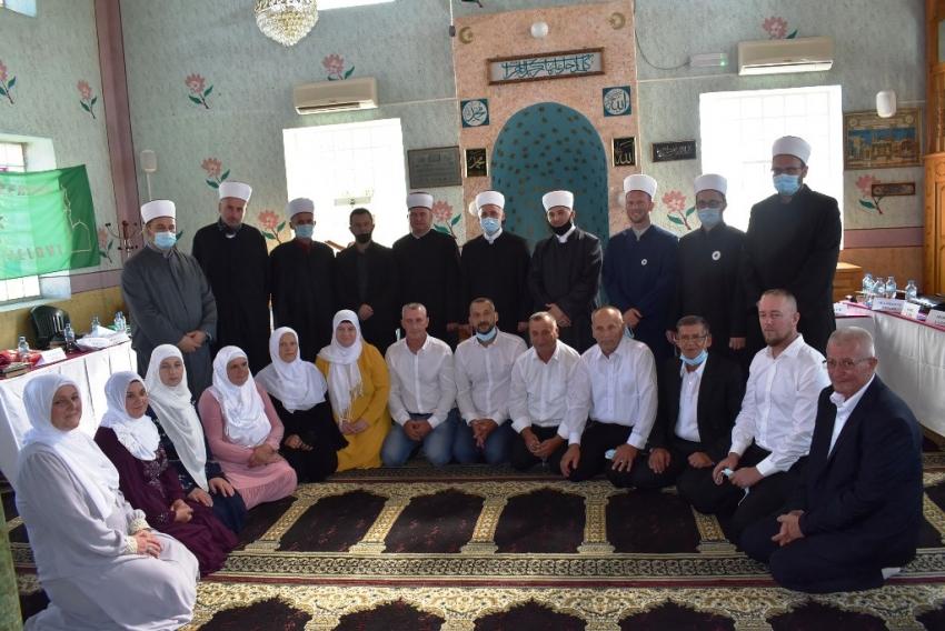 Hatme za odrasle polaznike Škole Kur'ana u džematu Jezerski – Dijelovi u Bosanskoj Krupi